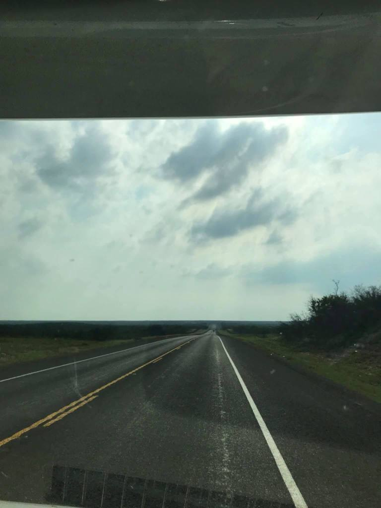 This image has an empty alt attribute; its file name is rv-west-texas.jpg