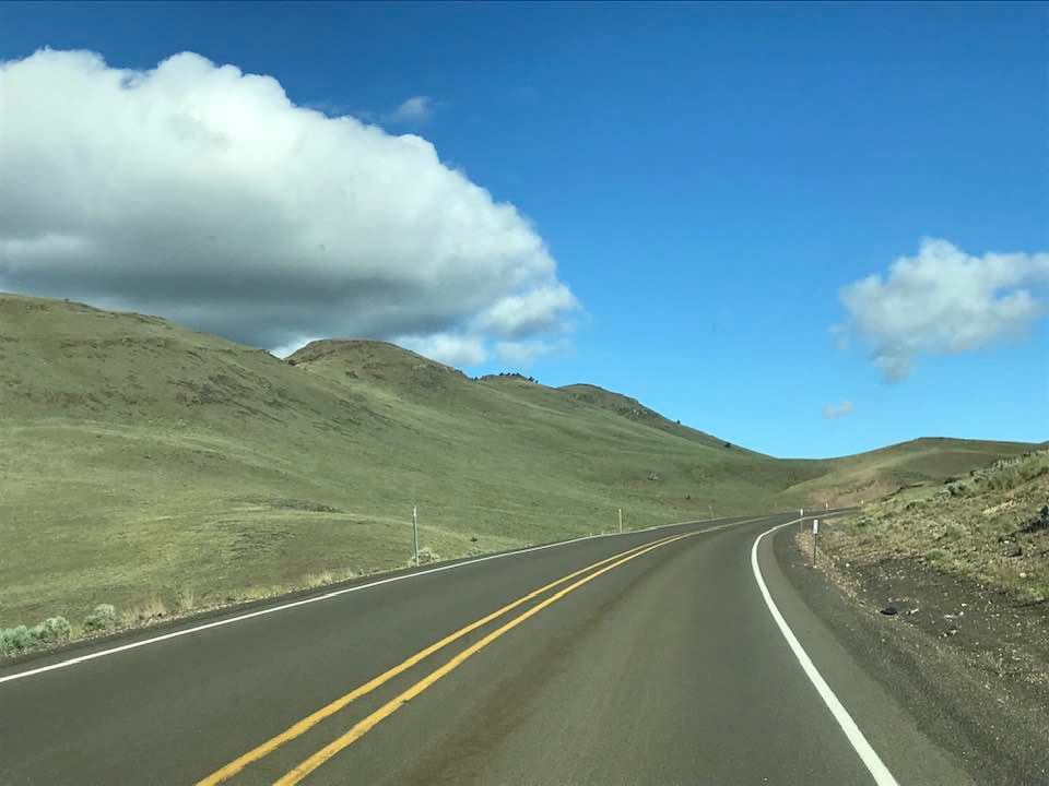 This image has an empty alt attribute; its file name is rv-hwy-78-in-oregon.jpg