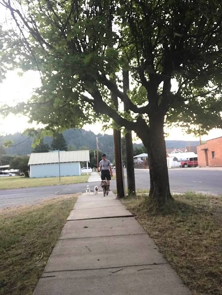 This image has an empty alt attribute; its file name is rv-ione-walking-sidewalk.jpg