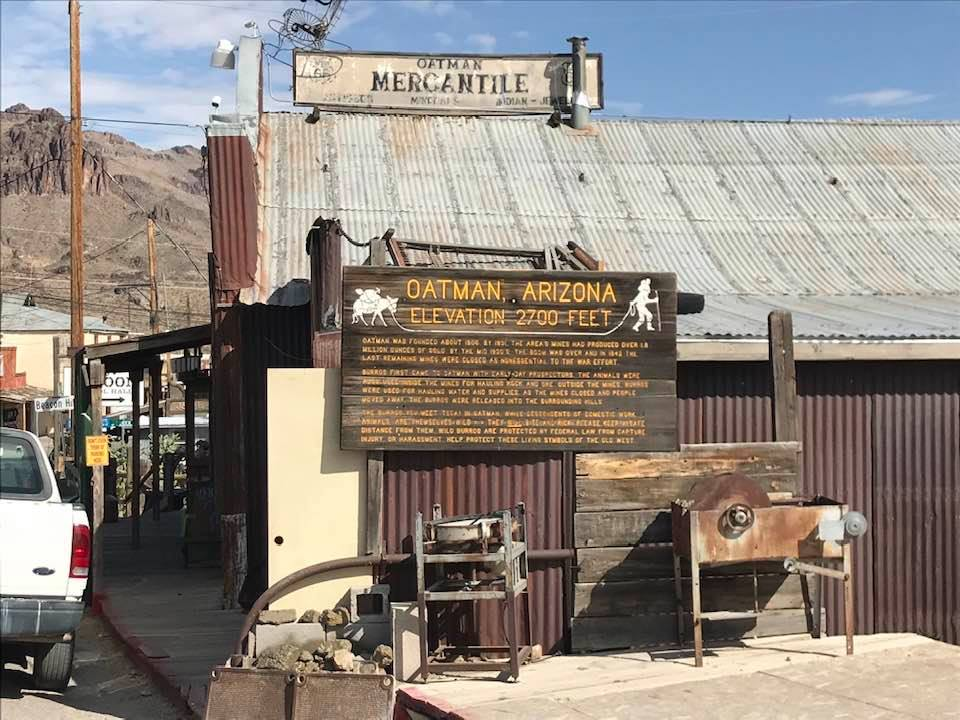 This image has an empty alt attribute; its file name is rv-oatman-info-sign.jpg