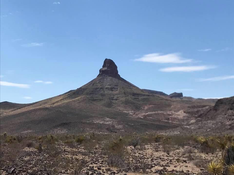 This image has an empty alt attribute; its file name is rv-terrain-near-oatman-1.jpg
